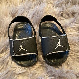 Jordan baby slides size 6C
